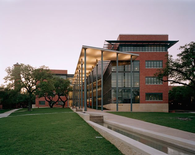 Northrup Hall San Antonio TX & Robert A.M Sternu0027s Buildings | Architect Robert A.M. Stern ...
