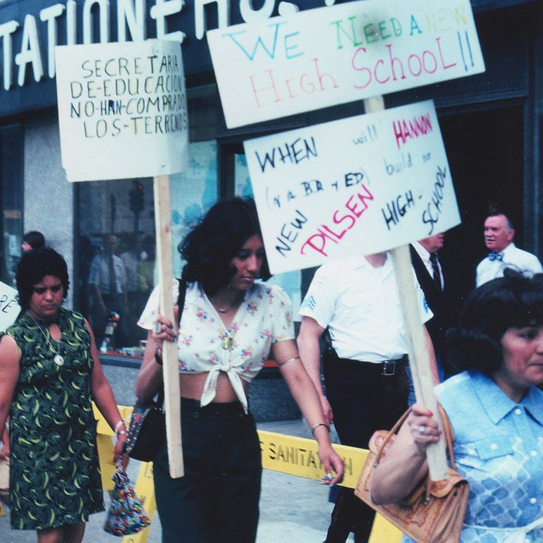 1000 people protesting at Board of Education 1974