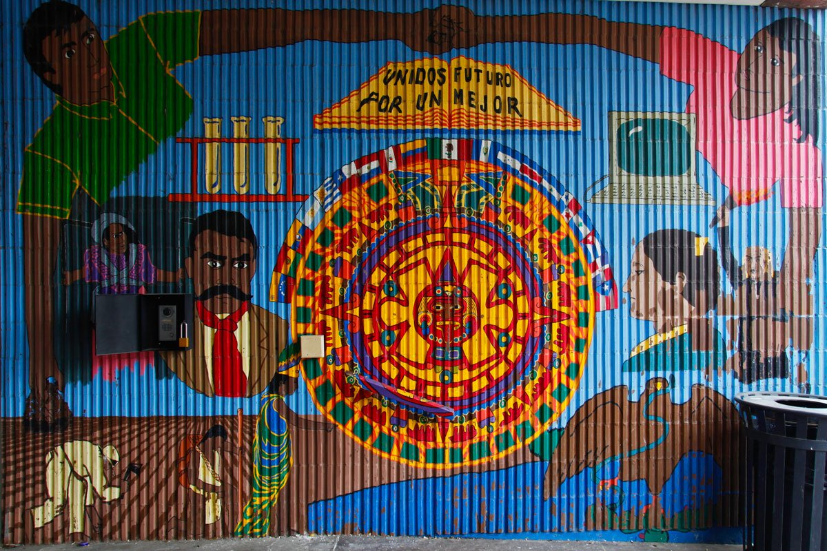 Can mariachi save a school wttw chicago public media for Benito juarez mural