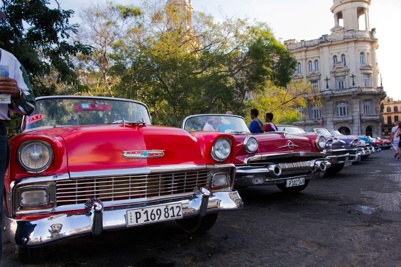 Keeping Cuba\'s Classic Cars on the Road   WTTW Chicago Public Media ...