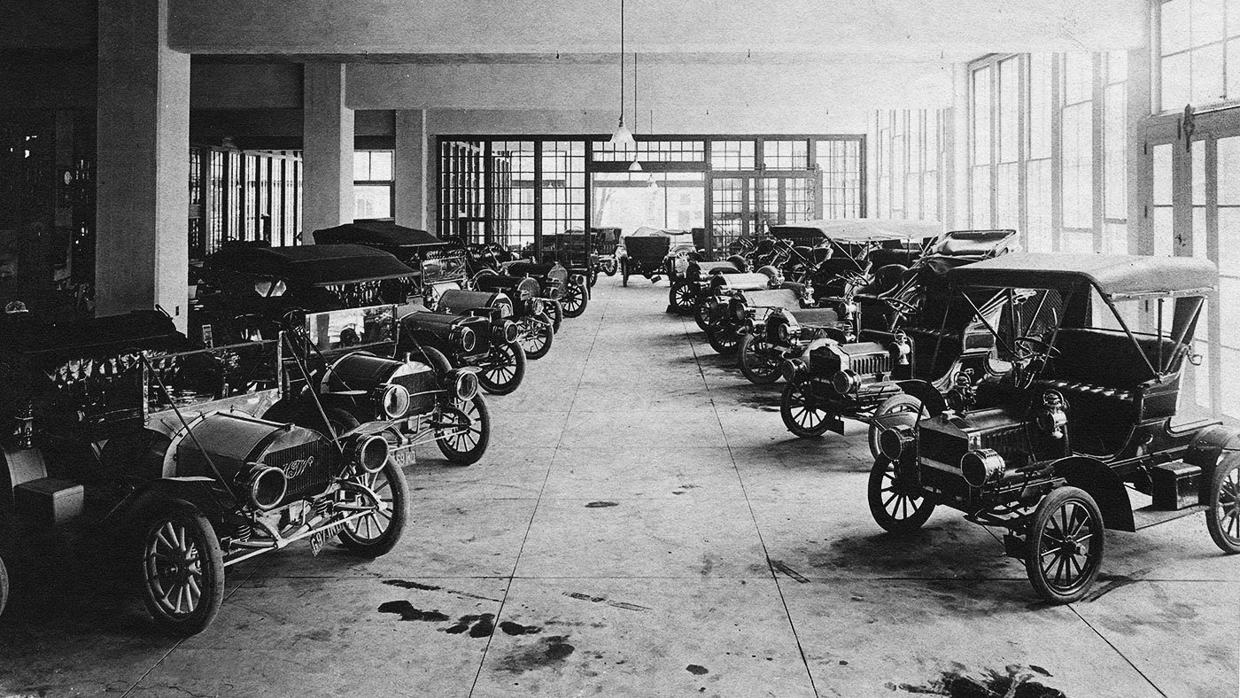 Fisher's Garage in Indianapolis, Indiana, circa 1910