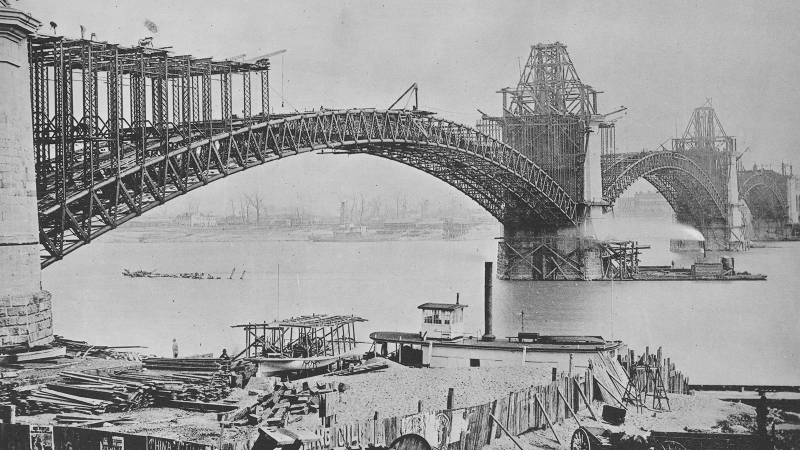 Erection of the St. Louis Bridge