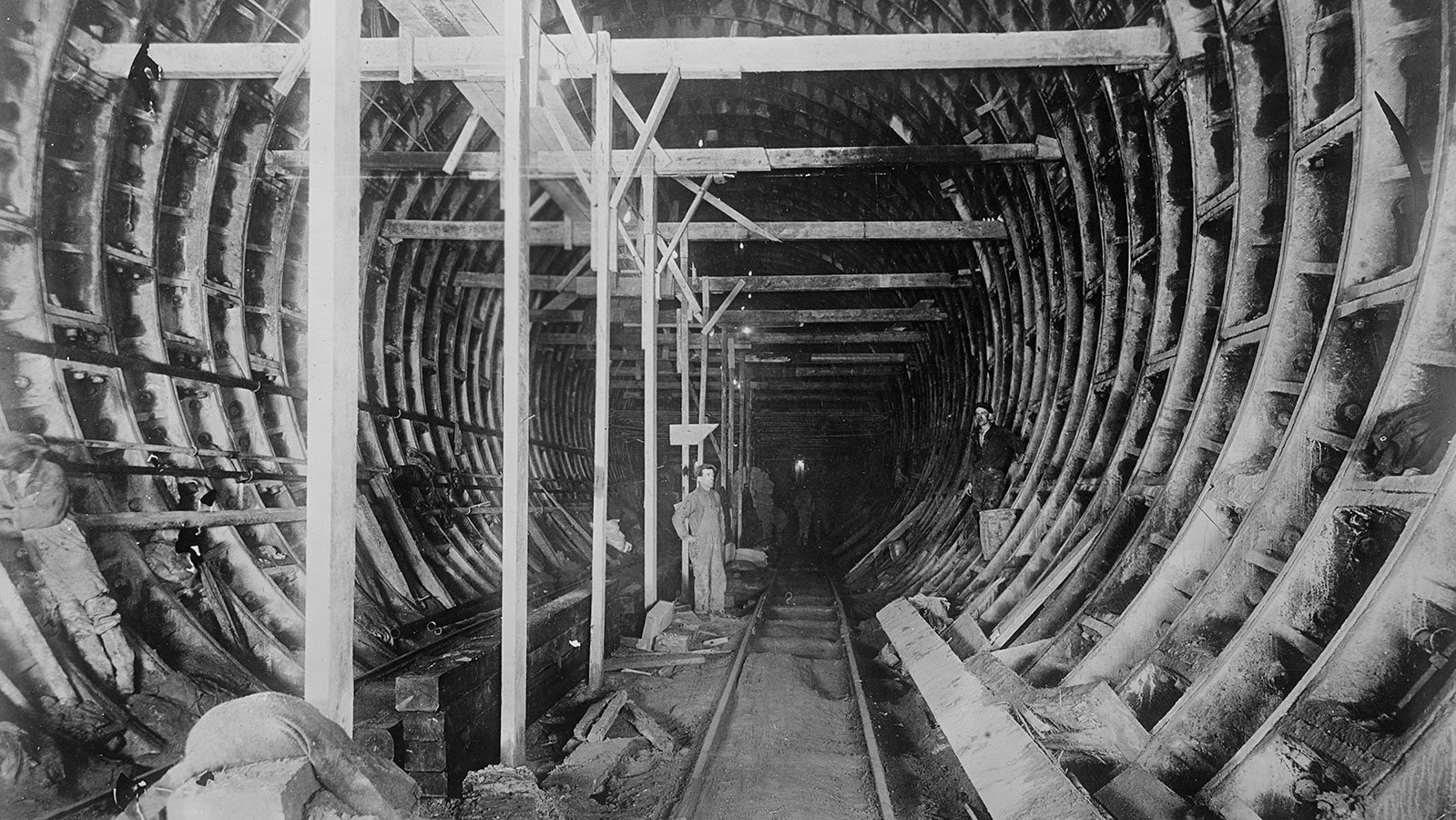 Holland Tunnel construction