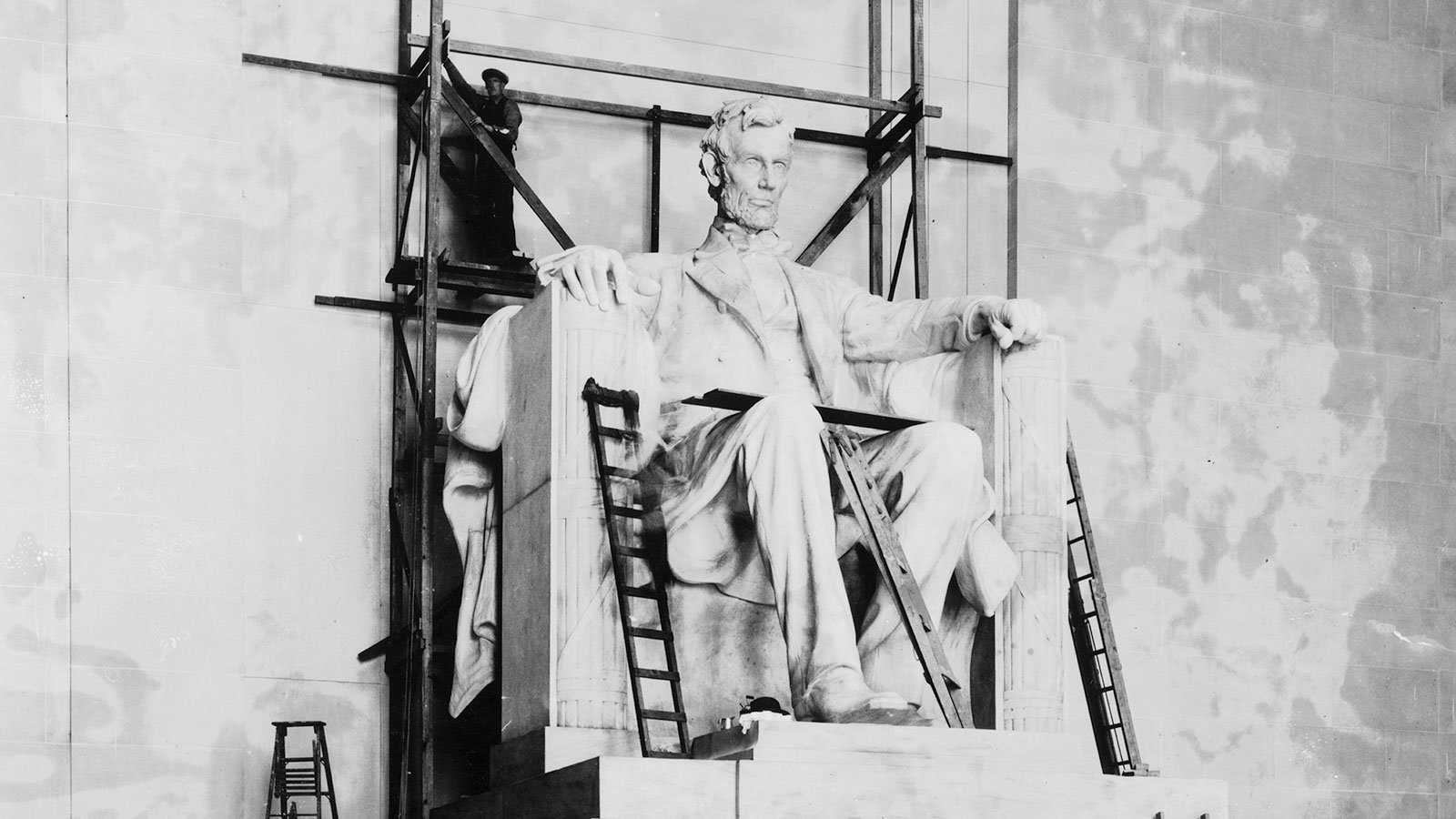 The Lincoln statue under construction in the Lincoln Memorial