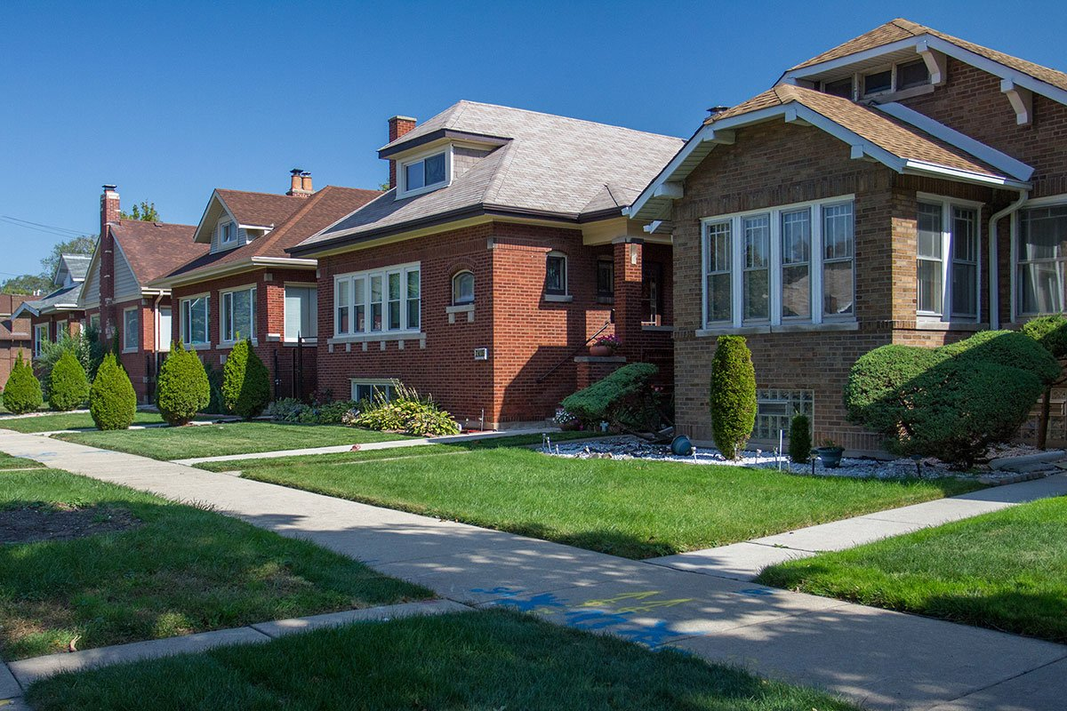 South shore wttw chicago public media television and for Bungalow show homes