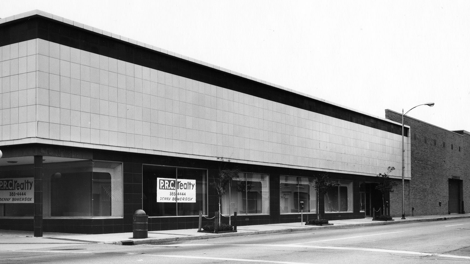 The once bustling J. C. Penney in the Kalamazoo Mall sat vacant in the 1980s