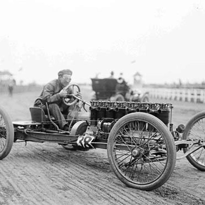 Carl Fisher at the Harlem racetrack near Chicago, Illinois, 1903