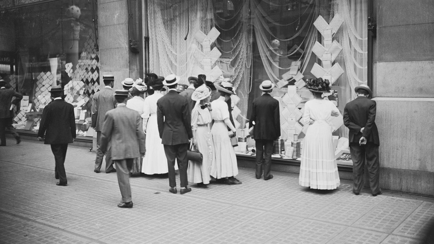 Crowds gather around a Marshall Field's window display