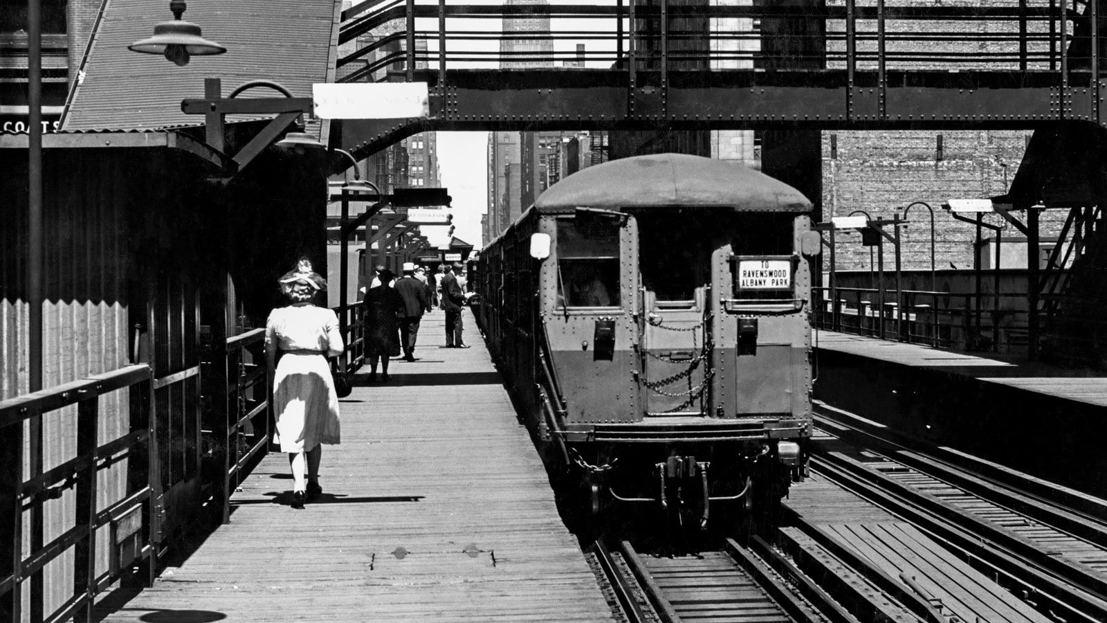 Train pulls into Quincy Station in 1940s