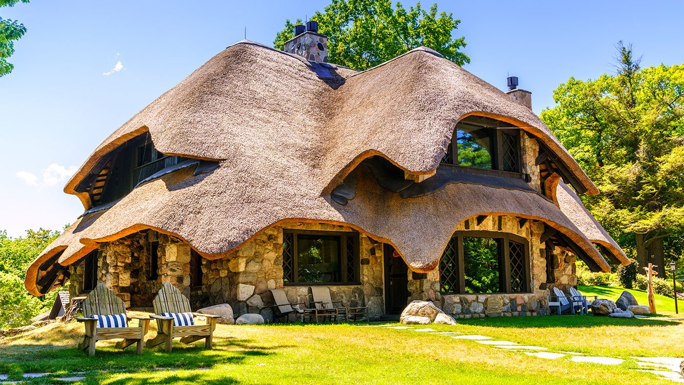 A 'hobbit home' in Charlevoix, Michigan