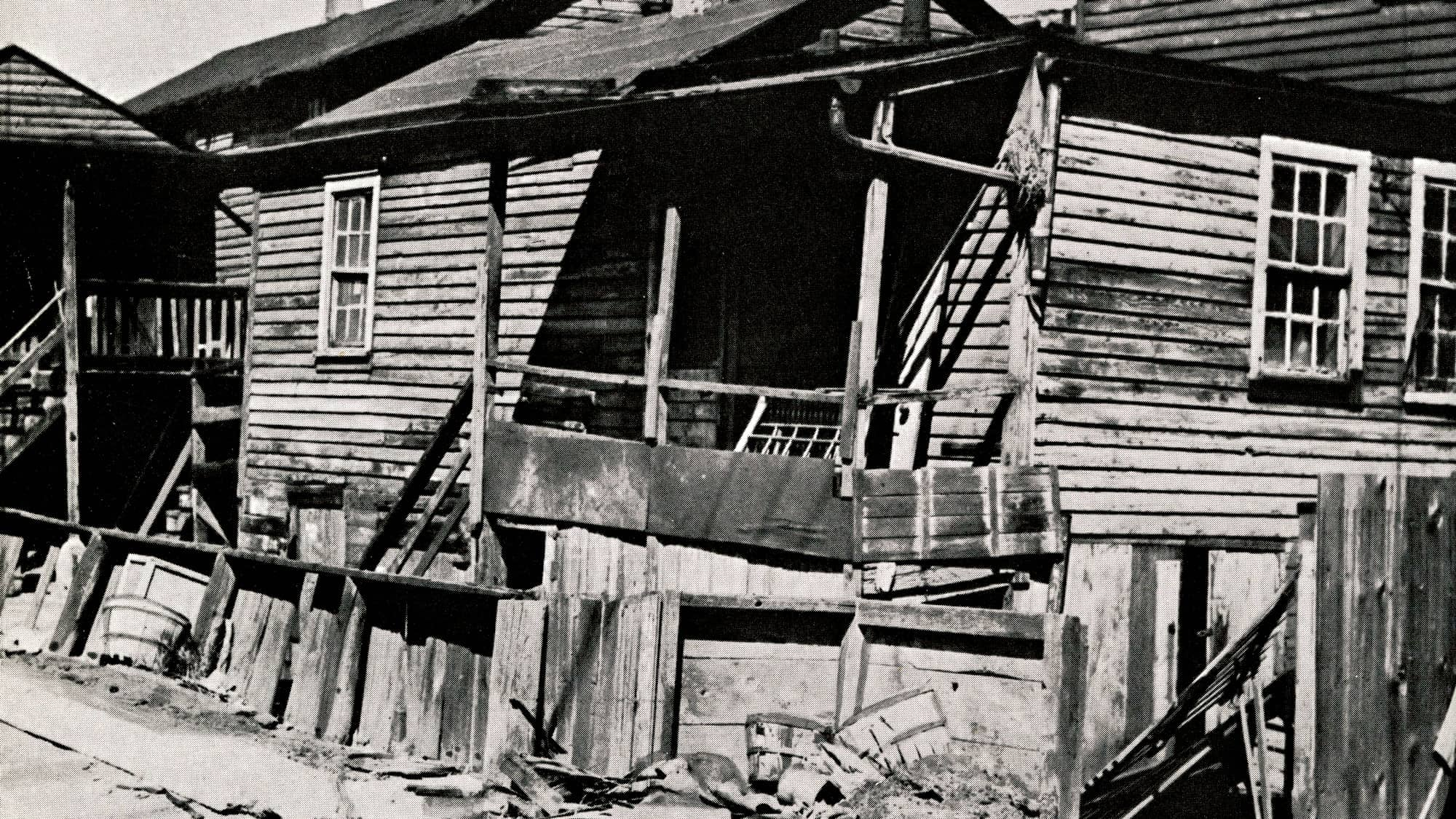 Wood shanty in Chicago before the Chicago Fire