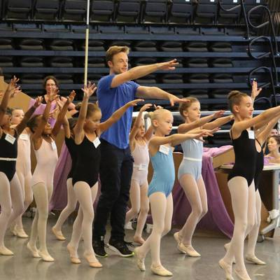 Choreographer Christopher Wheeldon in rehearsal with the children's cast (Photo by Temur Suluashvili)