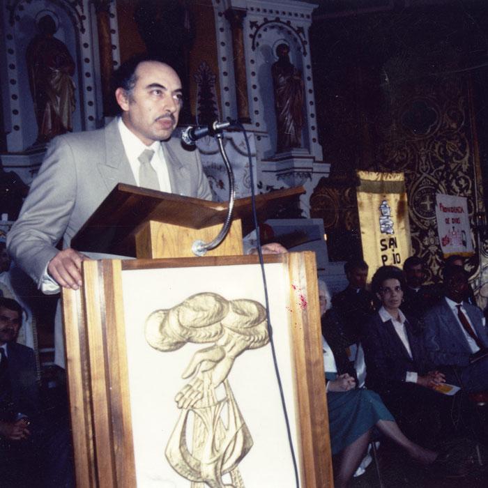Raul Hernandez speaking at St. Procopius Church.