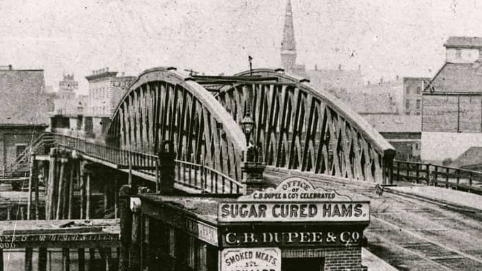 State Street Bridge before the Great Chicago Fire