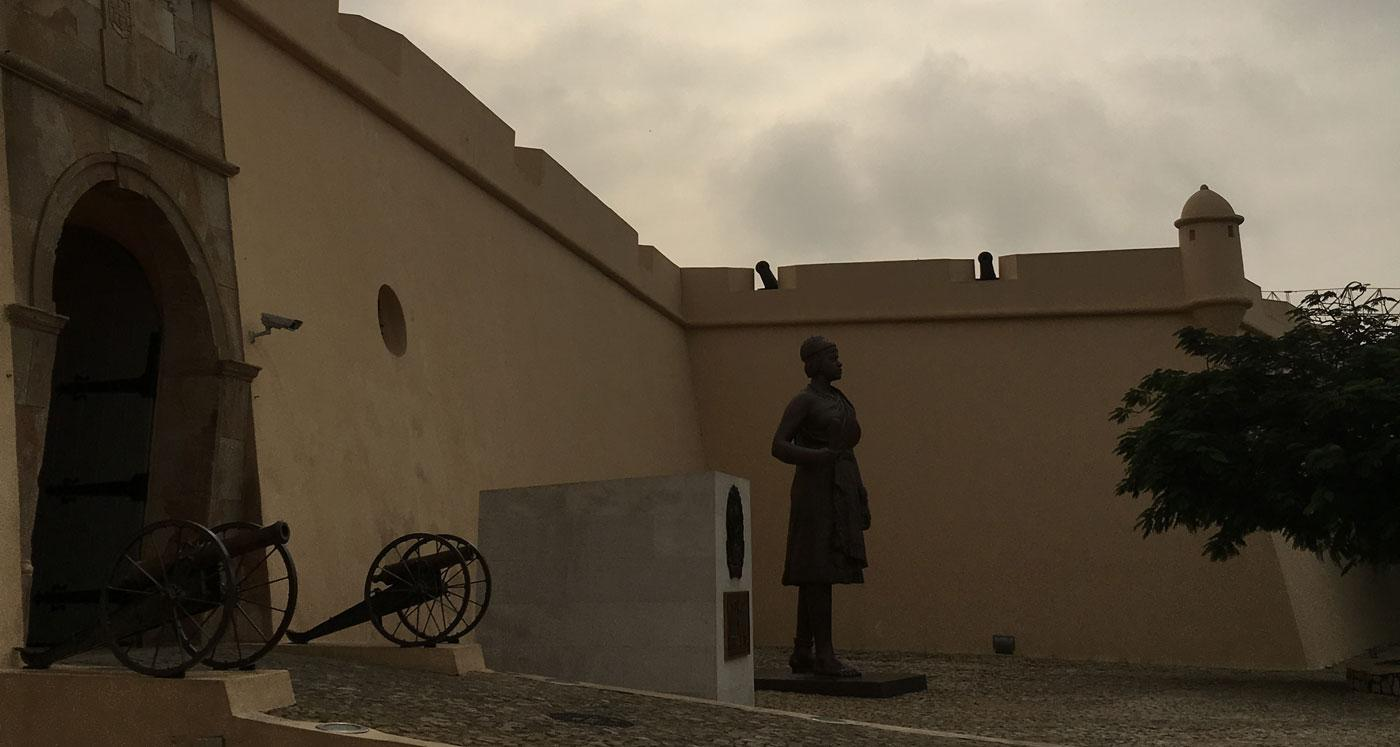 A statue of Queen Njinga outside the Fortaleza de São Miguel in Luanda, Angola. (Courtesy of Cécile Fromont)