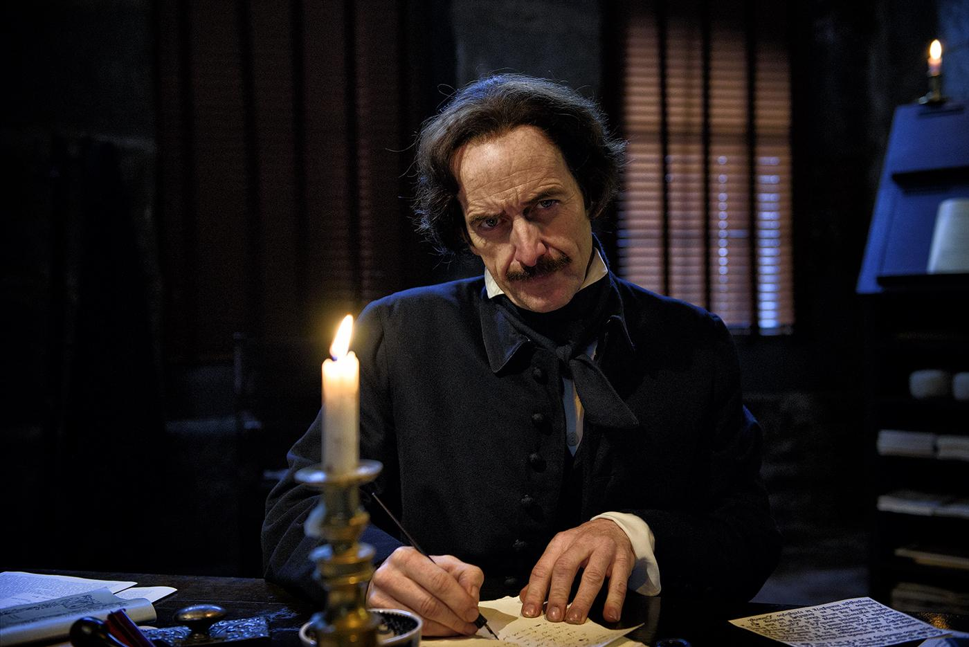 Denis O'Hare as Edgar Allen Poe. Photo: Liane Brandon