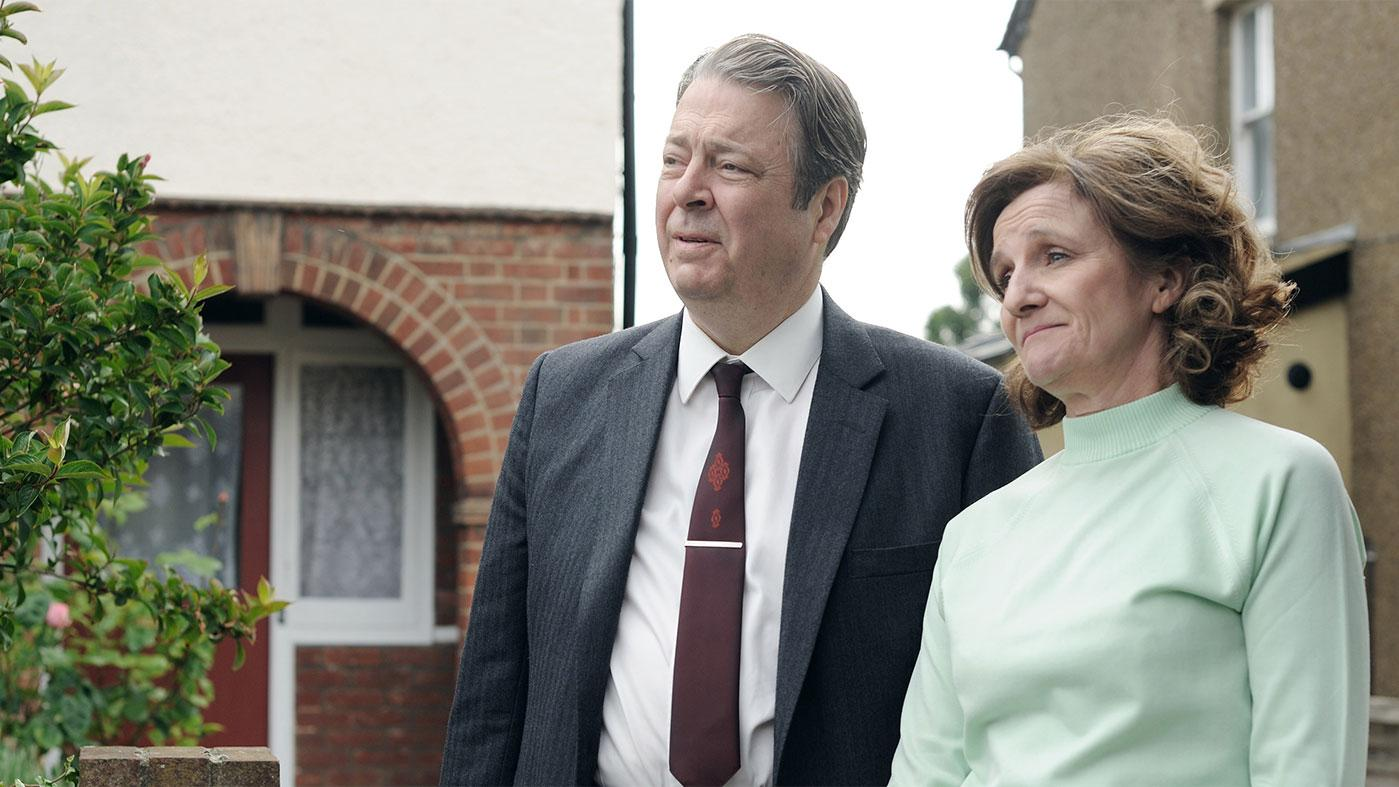 Roger Allam as DCI Fred Thursday and Caroline O'Neill as Win Thursday. Photo: ITV and Masterpiece
