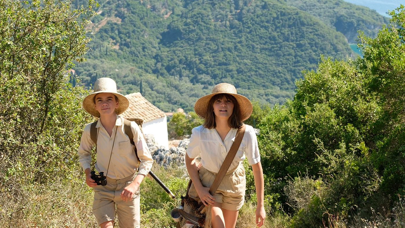 Galini (OLIVIA LEBEDEVA-ALEXOPOULOU) & Gerald Durrell (MILO PARKER) in The Durrells in Corfu. Photo: Joss Barratt for Sid Gentle Films & MASTERPIECE