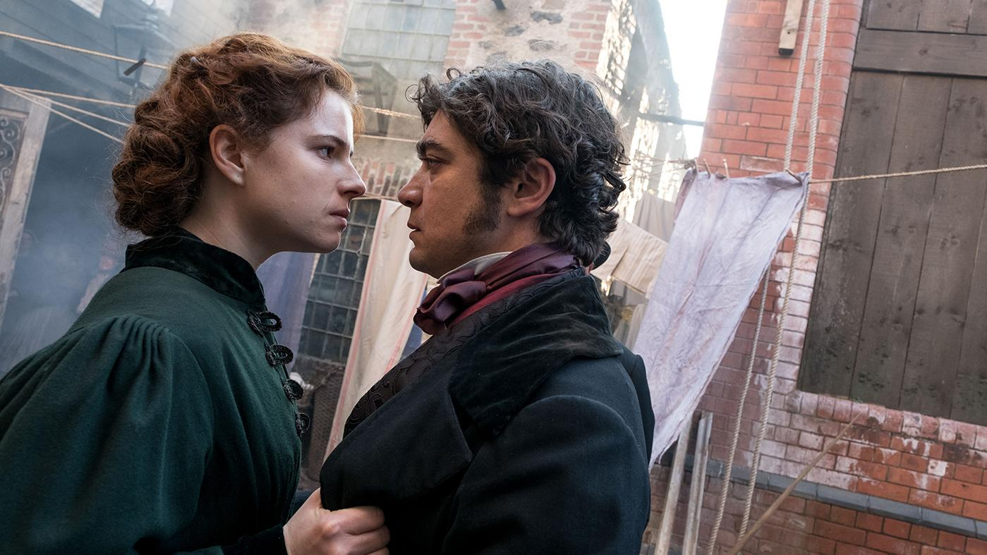 Jessie Buckley as Marian Halcombe and Riccardo Scamarcio as Count Fosco. Photo: The Woman in White Productions Ltd. / Steffan Hill / Origin Pictures