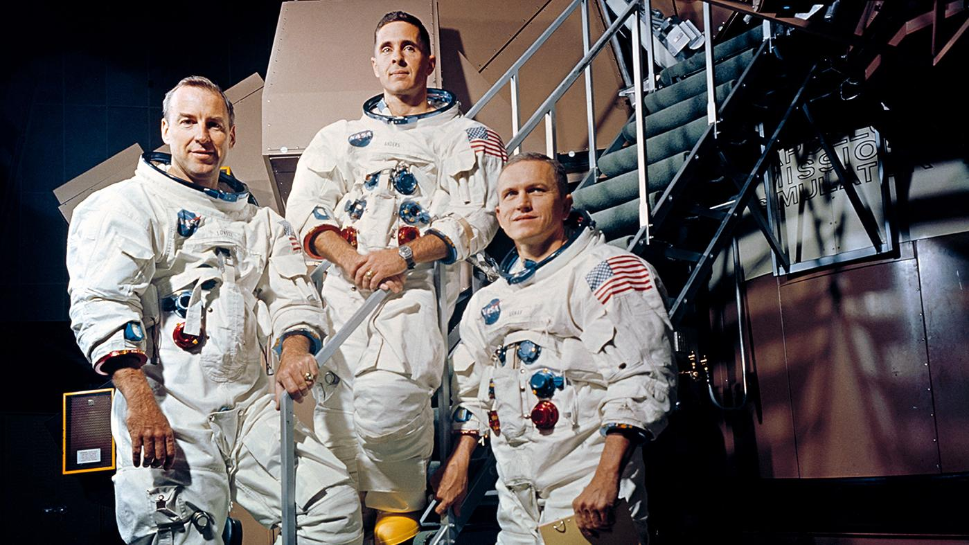 Apollo 8 astronauts Jim Lovell, Bill Anders, and Frank Borman outside a simulator in November 1968. Photo: NASA
