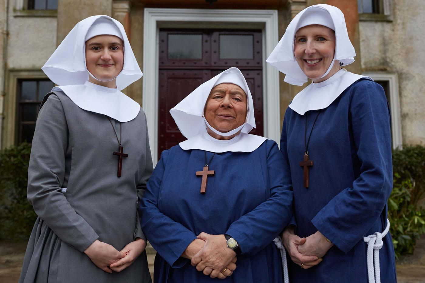 Sister Frances (ELLA BRUCCOLERI), Sister Mildred (MIRIAM MARGOLYES), Sister Hilda (FENELLA Woolgar) in Call the Midwife. Photo: Neal Street Productions