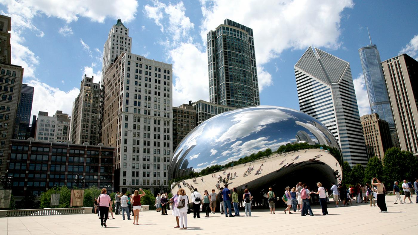 Anish Kapoor's Cloud Gate, known as the Bean, in Chicago's Millennium Park. Photo: Vincent Desjardins/Flickr