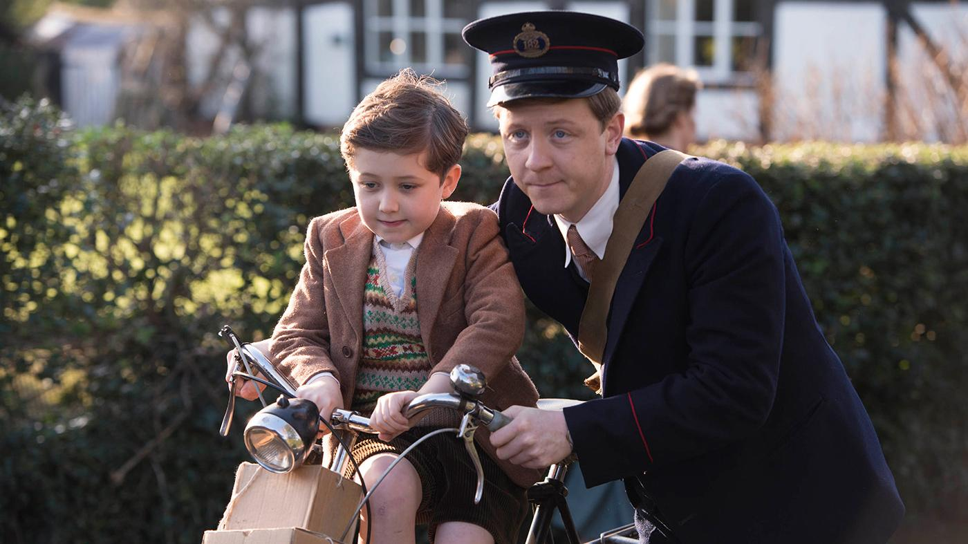 MIKE NOBLE as Spencer and OLIVER NELSON as Noah Lakin in 'Home Fires.' Photo: iTV Studios and MASTERPIECE
