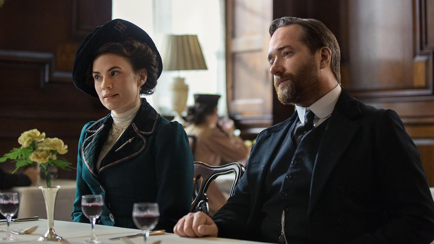 Haley Atwell as Margaret Schlegel and Matthew McFadyen as Henry Wilcox in Howards End. Photo: Starz Entertainment