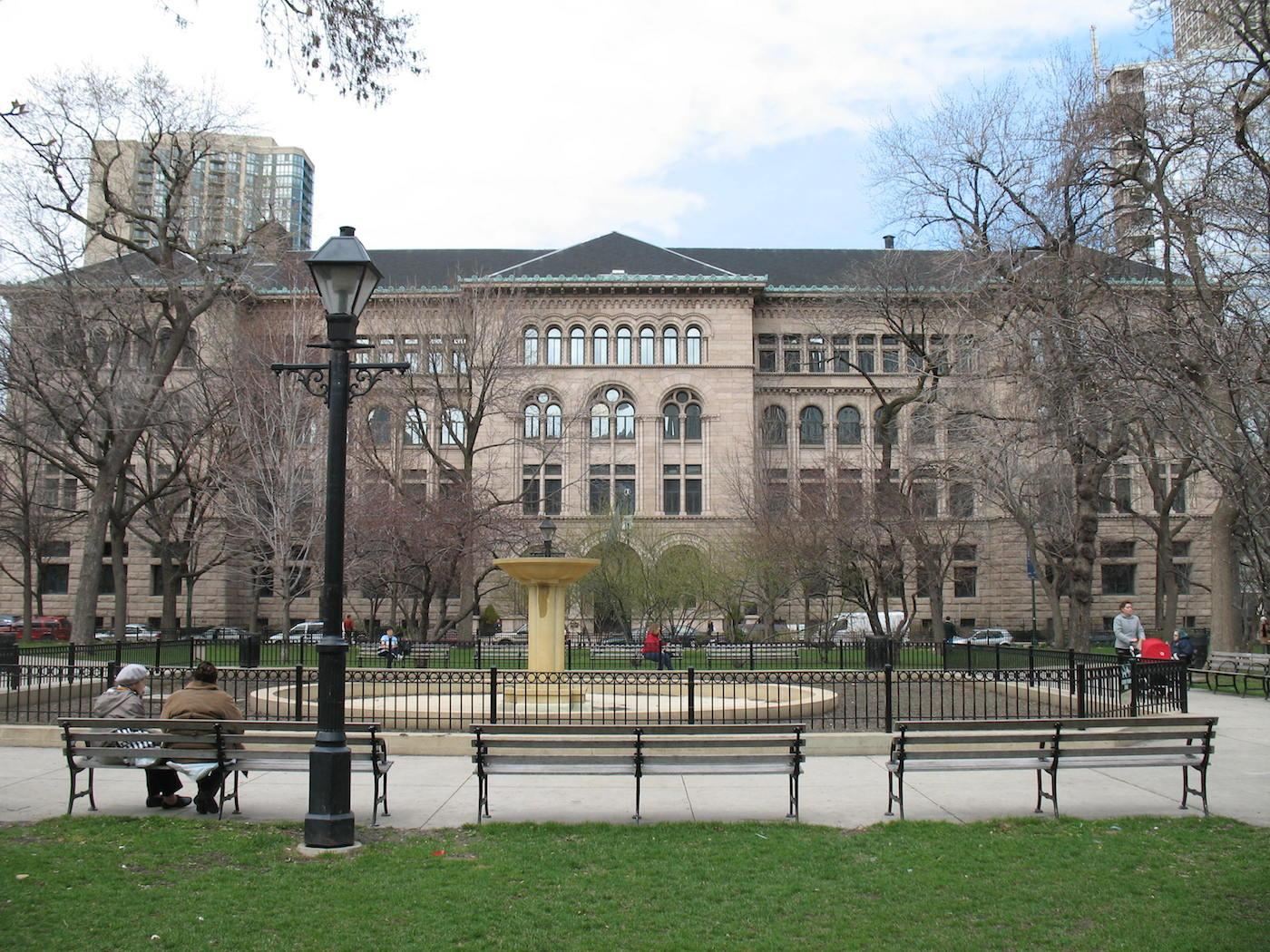 The Newberry Library. Photo: Wikimedia Commons/TonyTheTiger