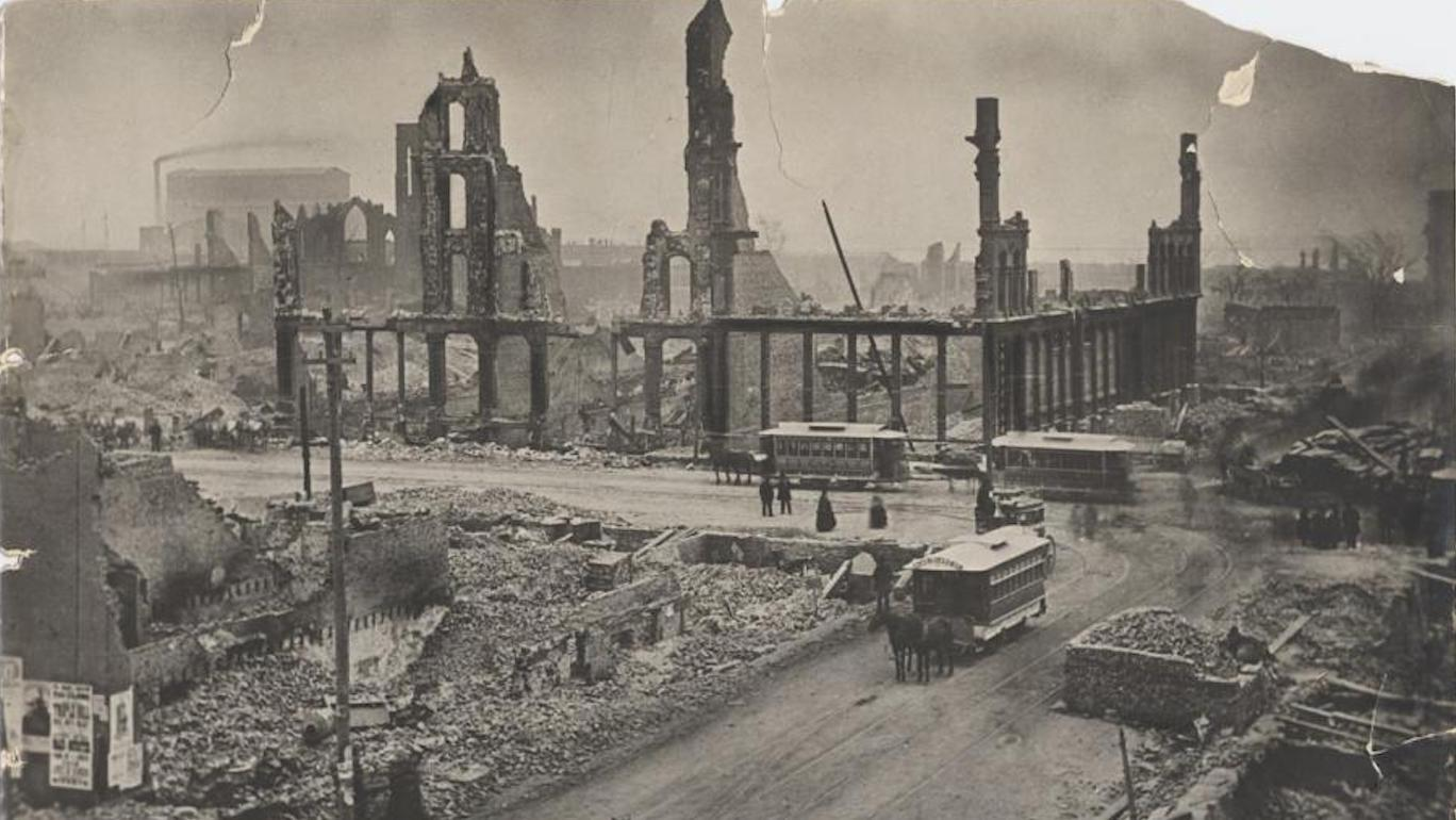 State and Madison after the Great Chicago Fire. Image: Courtesy Chicago History Museum