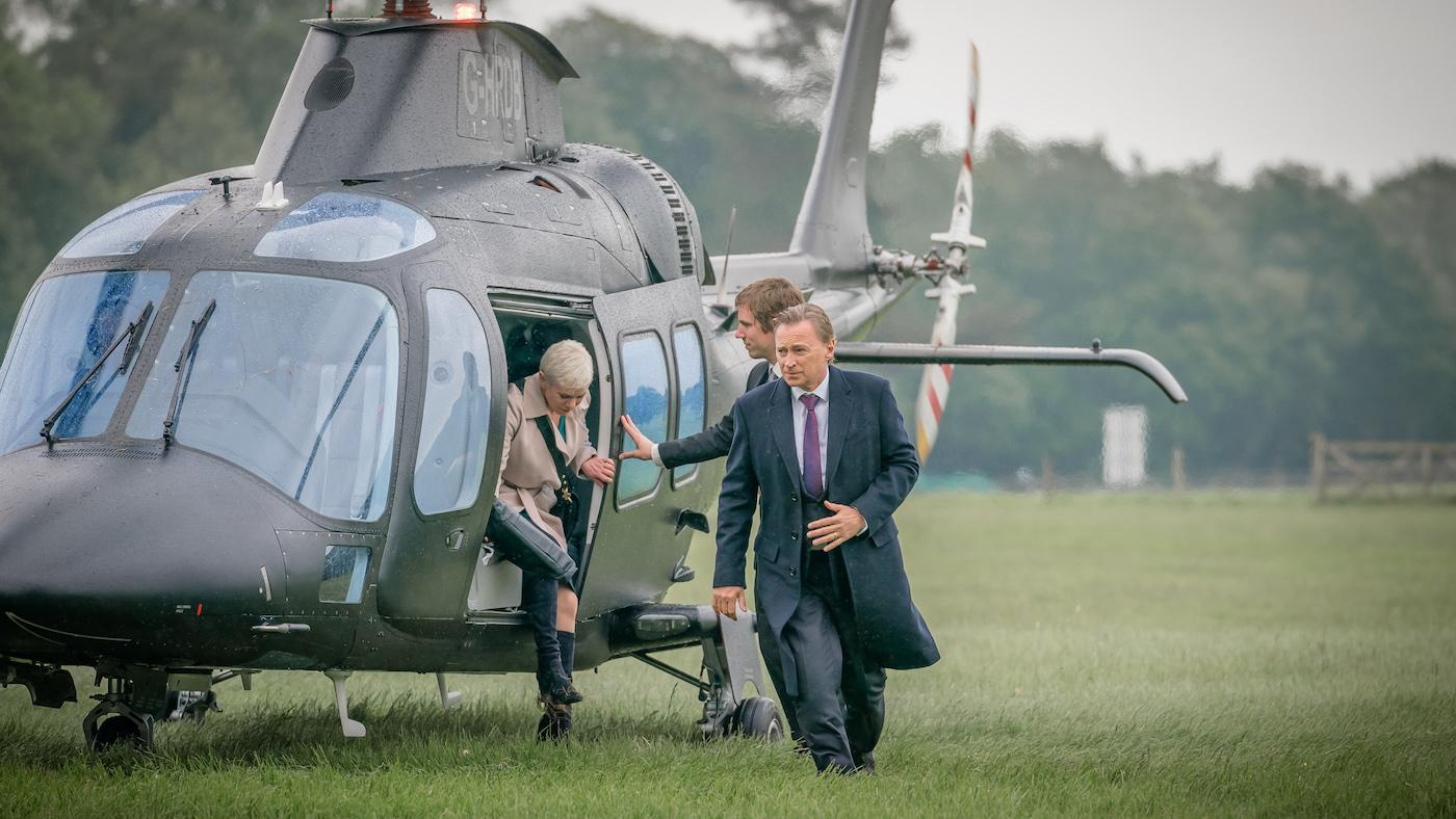 Anna Marshall and Robert Sutherland in 'COBRA.' Photo: Sky UK Limited