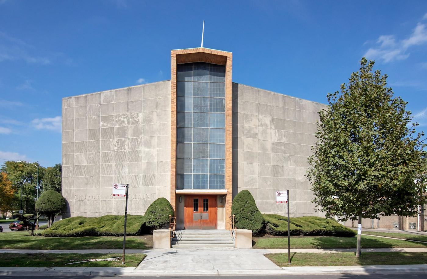 Stony Island Church of Christ in Chicago's Avalon Park. Photo: Lee Bey