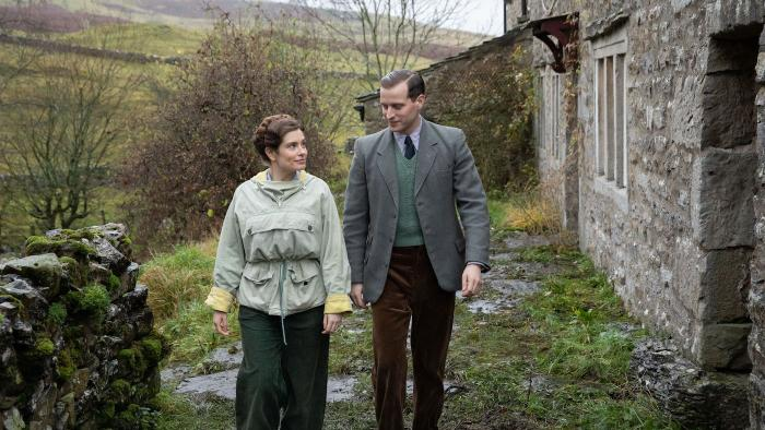 Helen and James in 'All Creatures Great and Small.' Photo: Playground Television UK Ltd & all3media international