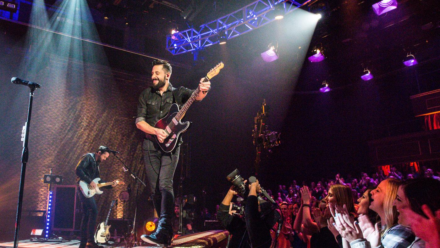 Matthew Ramsey, lead singer of Old Dominion, on Soundstage. (Courtesy of Raney Images)