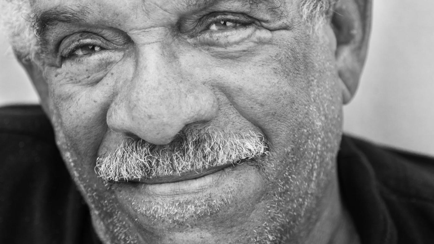 Derek Walcott.