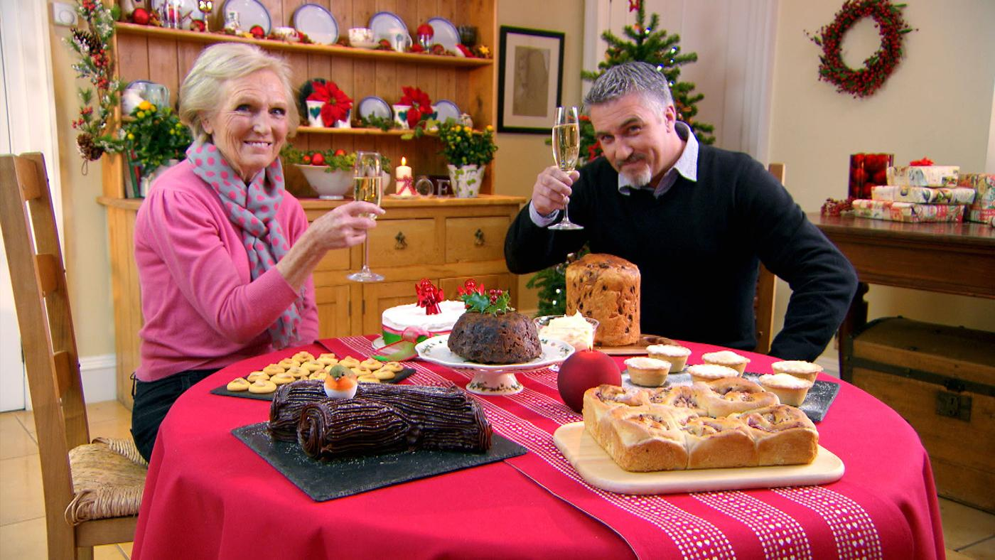 Mary Berry and Paul Hollywood in the Great British Baking Show Masterclass Christmas Special. Photo: Love Productions
