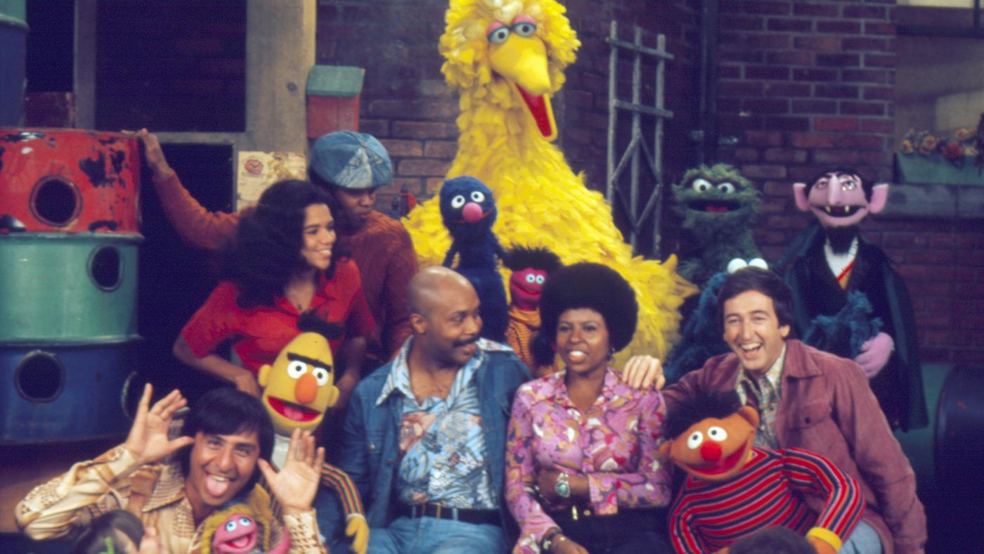 The cast of the fifth season of 'Sesame Street.' Image: Sesame Workshop