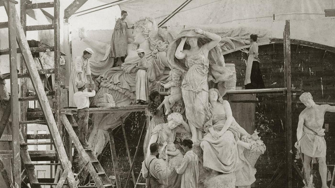The White Rabbits at work on the World's Columbian Exposition. Photo in the public domain