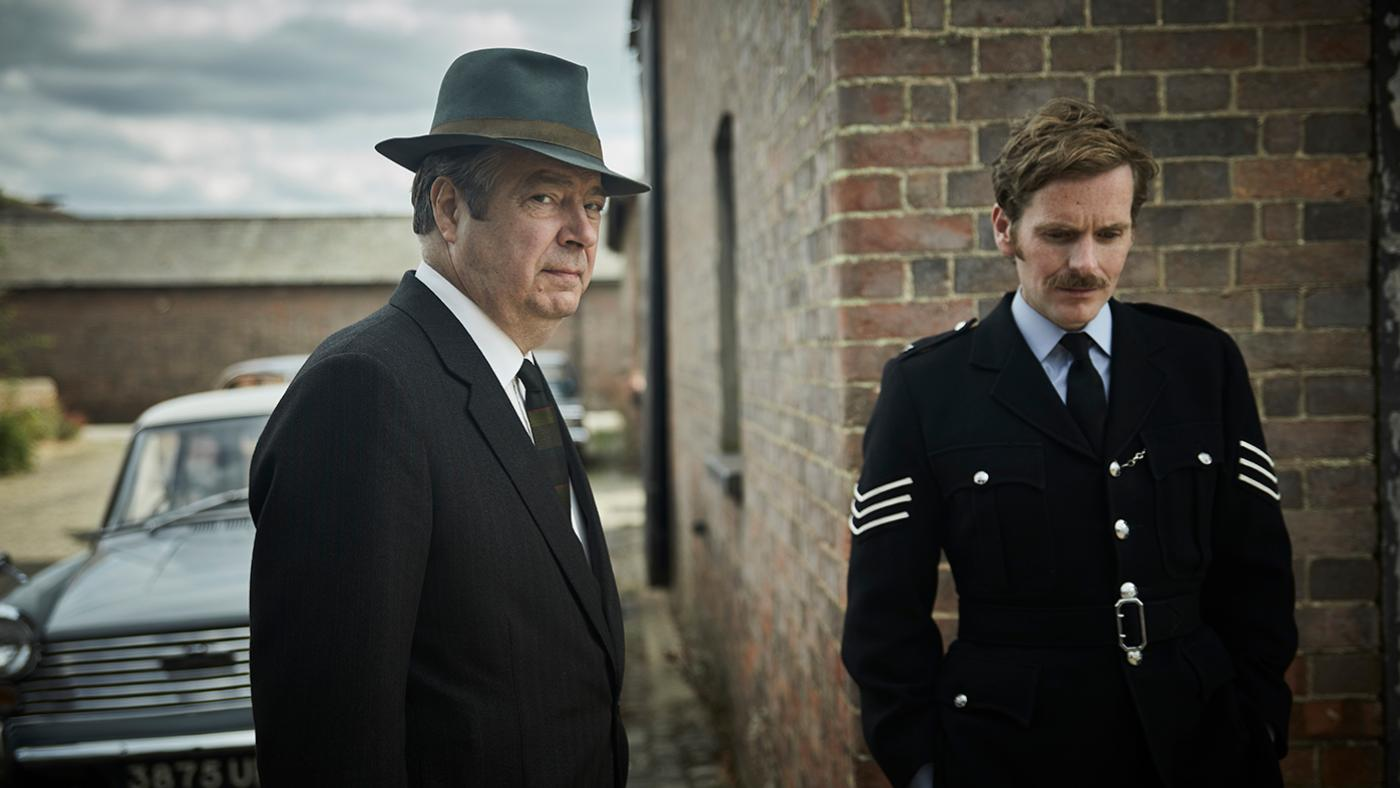 Thursday and Endeavour Morse in Endeavour. Photo: Jonathan Ford and Mammoth for ITV and MASTERPIECE