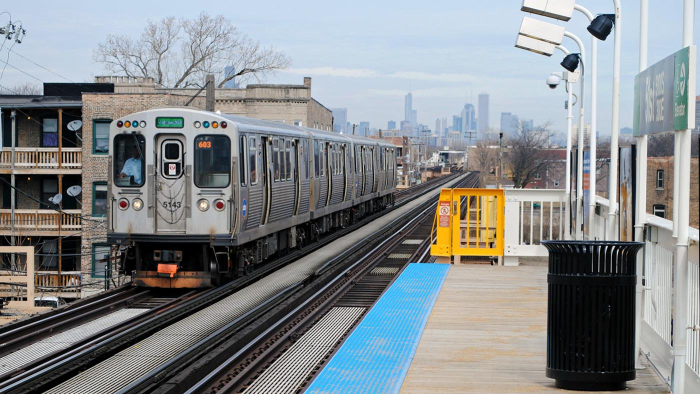 The CTA Green Line at 51st Street. Photo: Cragin Spring/Wikimedia Commons