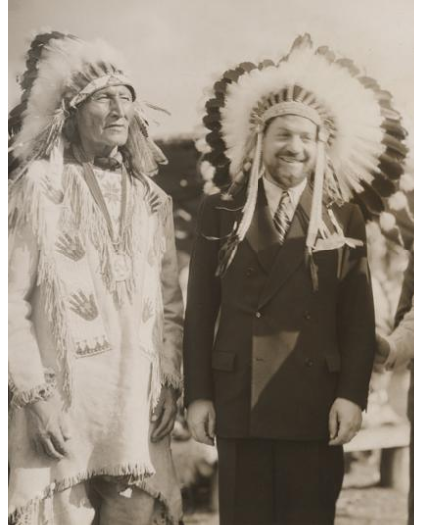 Italo Balbo and Chief Blackhorn of the Sioux at the Century of Progress World's Fair in 1933. Photo: Chicago Historical Society