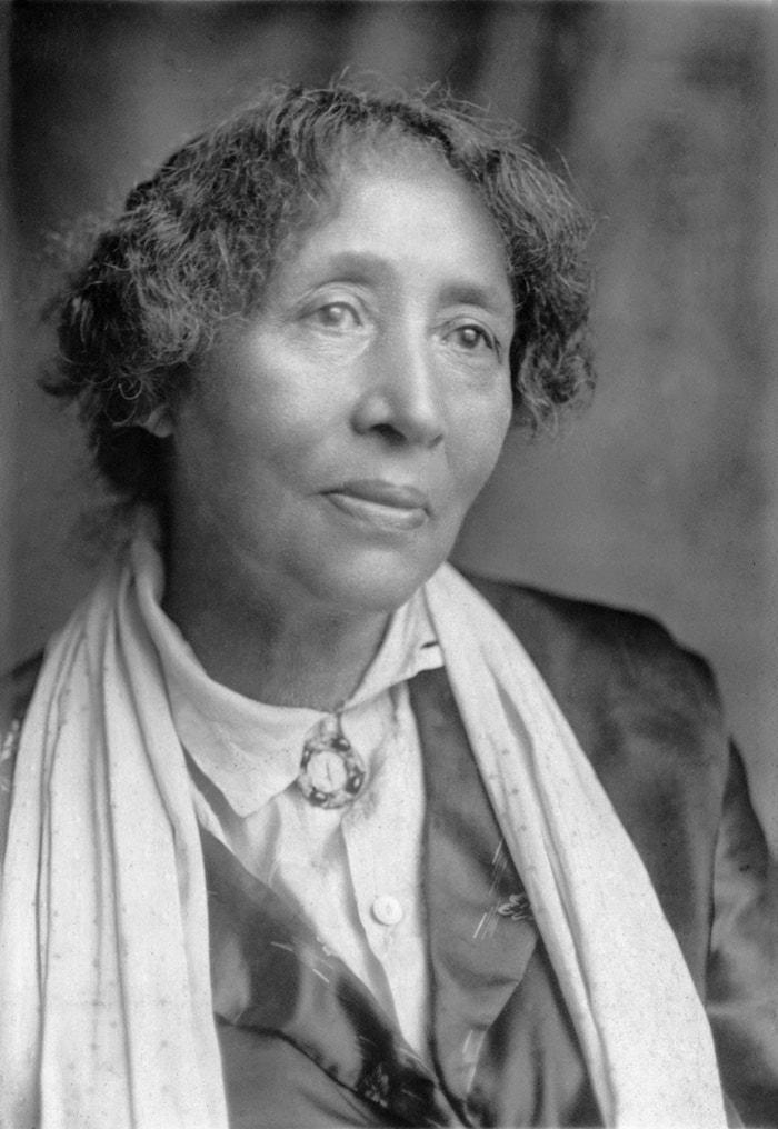 Lucy Parsons, perhaps in the 1920s. Photo: Wikimedia Commons