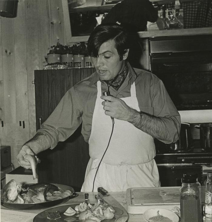 Jacques Pépin teaches a cooking class in the 1970s. Photo: Anthony A. Noble
