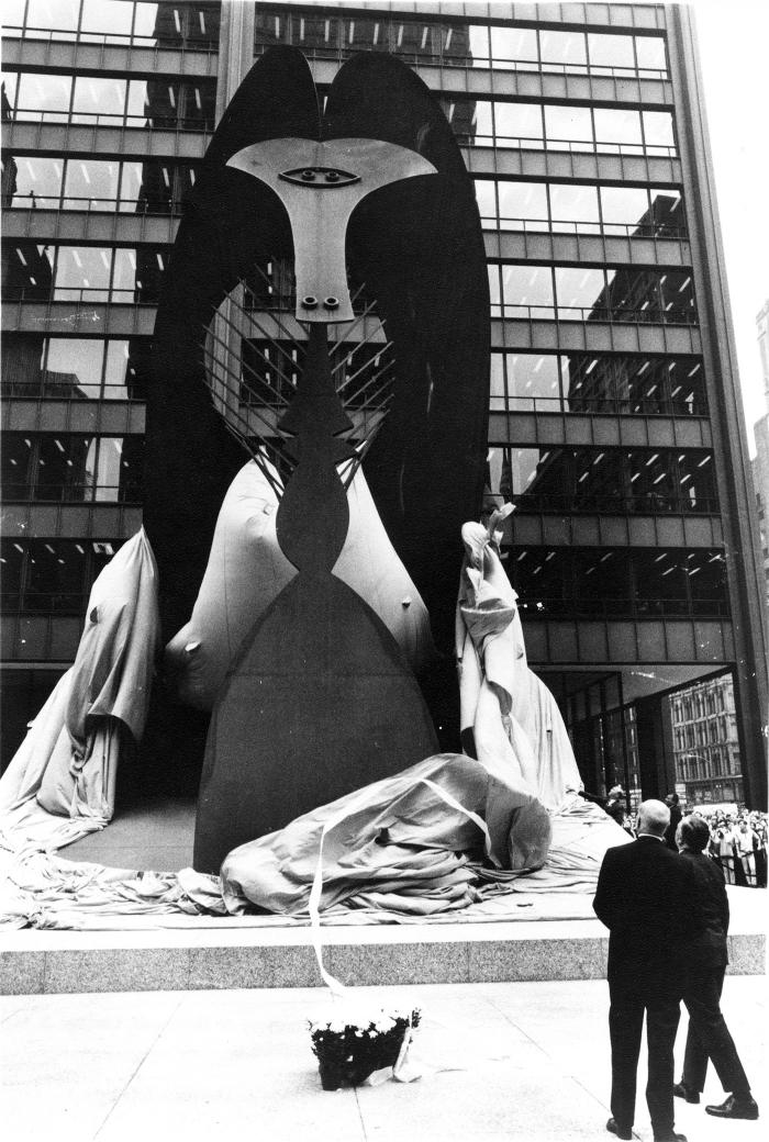 William Hartmann and Richard J. Daley unveiling the Picasso. Photo: Courtesy DCASE