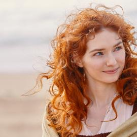 Eleanor Tomlinson as Demelza in season 5 of Poldark. Photo: Mammoth Screen