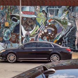 """William Walker's """"Wall of Daydreaming and Man's Inhumanity to Man"""" at the corner of 47th and Calumet in Chicago. Photo: Lee Bey"""