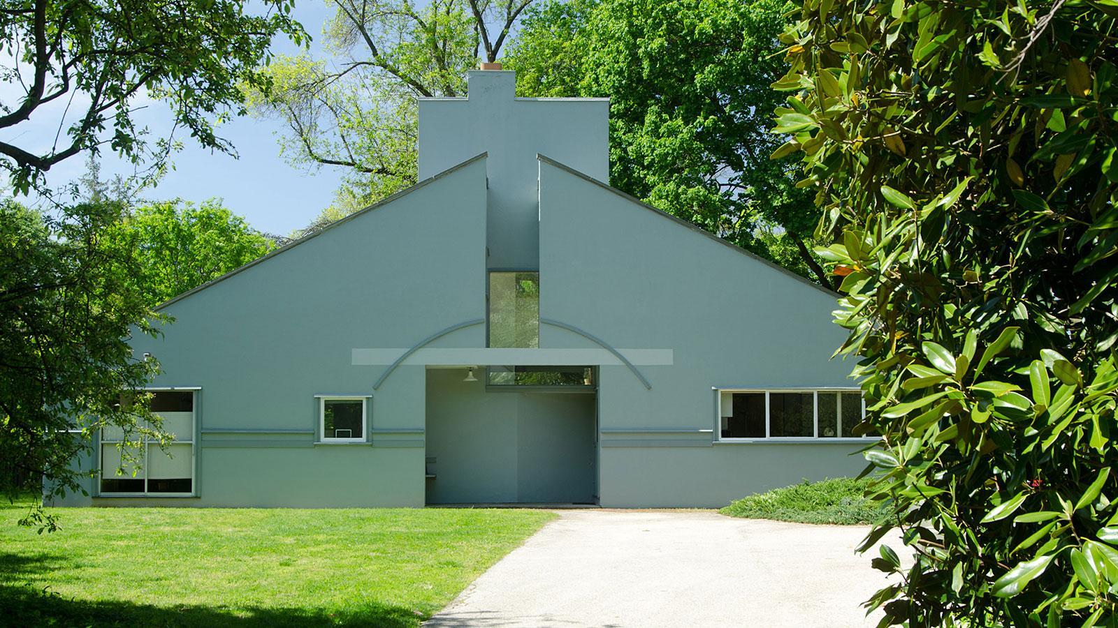 Vanna Venturi House | Ten Buildings that Changed America | WTTW Chicago