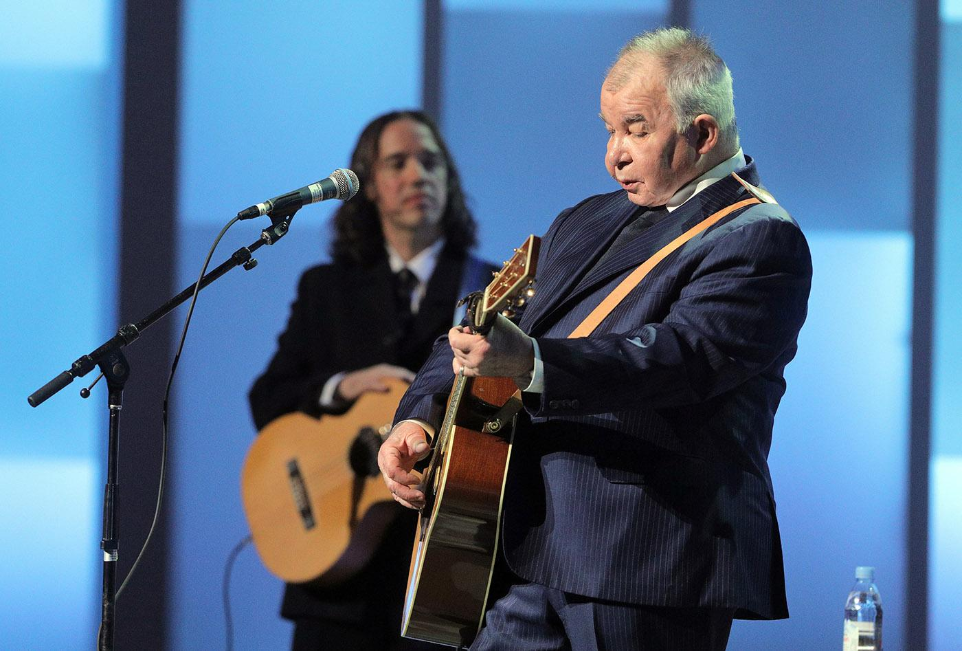 John Prine at Chicago Voices. (Cory Weaver, courtesy Lyric Opera of Chicago)
