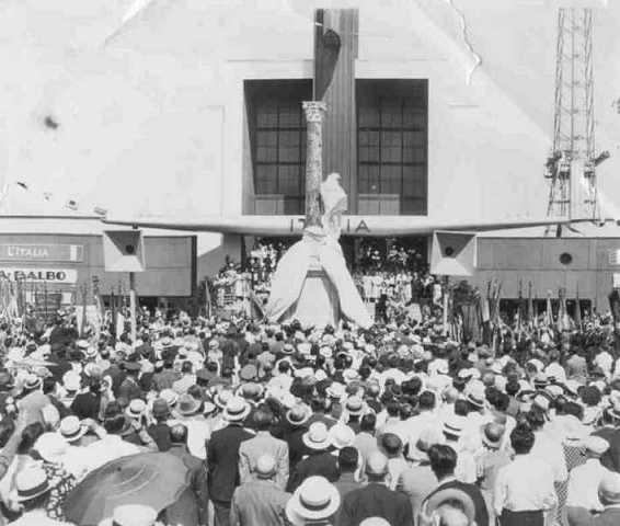 The unveiling of the Balbo Monument in front of the Italian Pavilion at the Century of Progress