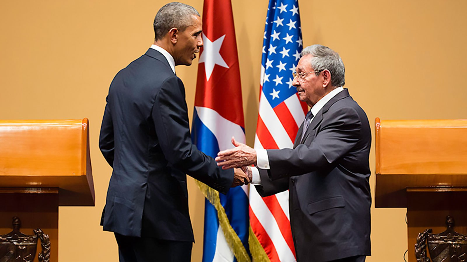 U.S. President Barack Obama and President of Cuba Raúl Castro